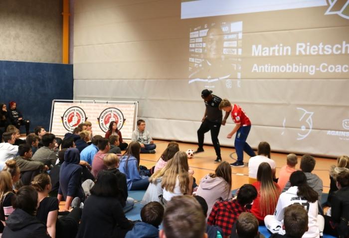 Schulprojekt mit Antimobbing-Coach Martin Rietsch aka 2schneidig