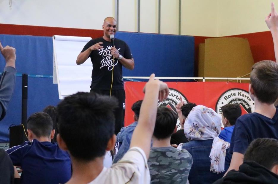 Martin Rietsch alias Sänger und Rapper 2schneidig engagiert sich für Kinder und Jugendliche