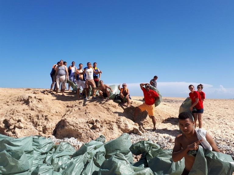Martin Rietsch mit Vereinsteam von ALDN e.V. unterstützt ägyptische Kampagne gegen Plastikmüllverschmutzung