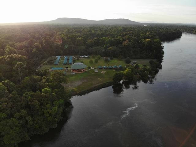 Die Iwokrama River Lodge liegt direkt am Essequibo und gehört zu den bereits zertifizierten Lodges