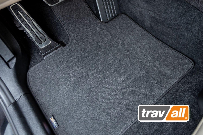 Die Travall UrbanMats Autoteppiche sind Passform-Fußmatten, die zurzeit für Audi, BMW, Mercedes und VW produziert werden. © Travall