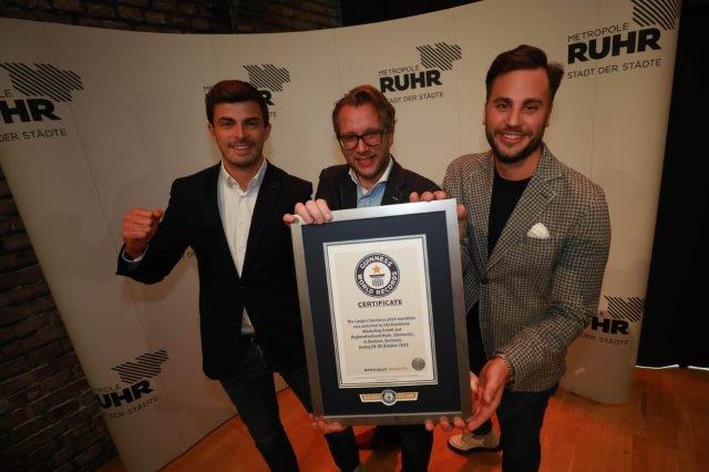 Thilo Schneider und sein Team gewinnen für UCY ENERGY den Weltrekord im Business Pitchen